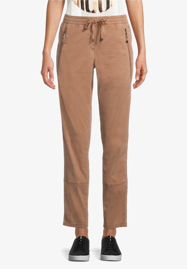 Pantalon classique - mexican brown