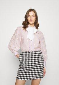 Sister Jane - PICK A PETAL BOW BLOUSE - Button-down blouse - pink - 0