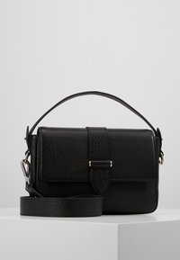 Decadent Copenhagen - HALEY HANDBAG - Kabelka - black - 0