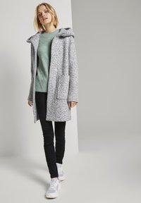 TOM TAILOR DENIM - BOUCLE COAT WITH HOOD - Klasický kabát - grey - 1