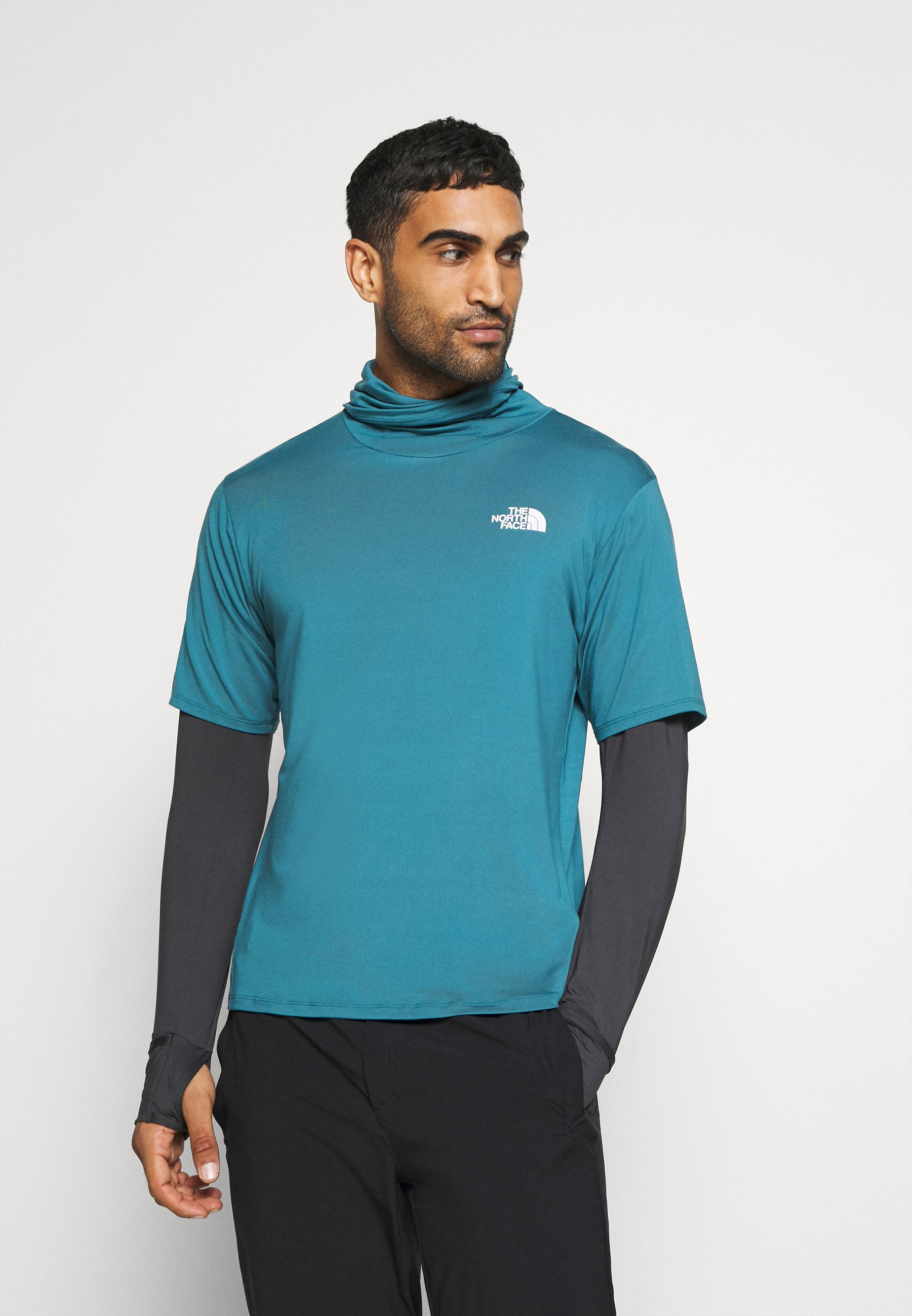 The North Face Active Trail Storm Balaclava Camiseta De Manga Larga Mallard Blue Asphalt Grey Azul Zalando Es