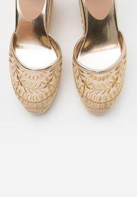 ALDO - MUSCHINO - High heeled sandals - gold - 5