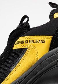 Calvin Klein Jeans - MAYA - Trainers - black/cyber yellow - 2
