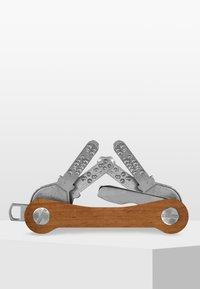 keycabins - KEYCABINS KEYHOLDER WOOD - Sleutelhanger - mottled light brown - 2