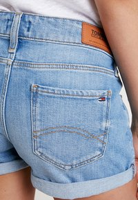 Tommy Jeans - CLASSIC - Denim shorts - utah - 5