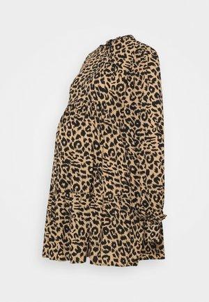TIER SMOCK DRESS  - Vestito di maglina - brown