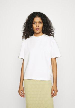 RAVENELLE  - Jednoduché triko - off-white
