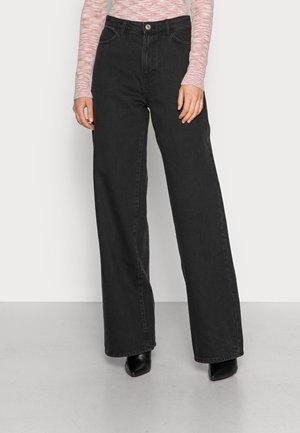 TROUSERS JACKIE BLACK - Straight leg jeans - black