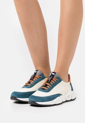 CIGNO - Sneakers laag - multicolor