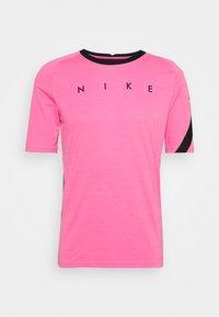hyper pink/black/white