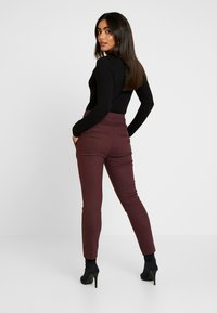 Forever New Petite - GEORGIA PANT - Trousers - wine - 3