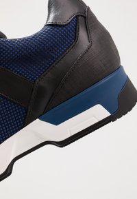 Azzaro - ROSARIO - Trainers - noir/bleu - 5