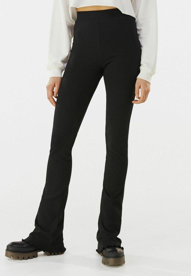 MIT PATENTMUSTER  - Pantalon classique - black