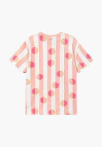 Puma - CLASSICS TEE - Print T-shirt - pink - 1