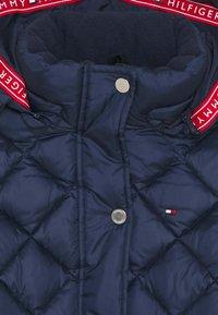 Tommy Hilfiger - QUILTED COAT - Zimní kabát - blue - 3