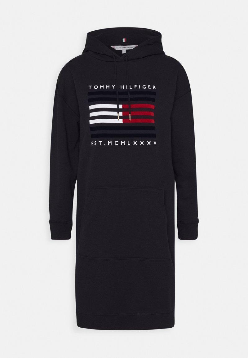 Tommy Hilfiger - REGULAR FLAG HOODIE DRESS - Day dress - desert sky