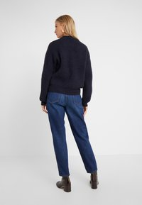 CLOSED - PEDAL PUSHER - Jeans Relaxed Fit - dark blue - 2