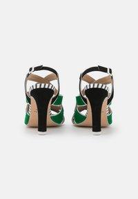 Cosmoparis - ZOLI - Sandals - noir/vert - 3