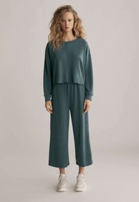 OYSHO - Sweatshirt - green - 1
