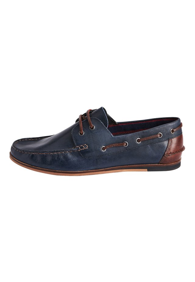 NAVY FORMAL TEXTURED LEATHER BOAT SHOES - Náuticos - blue