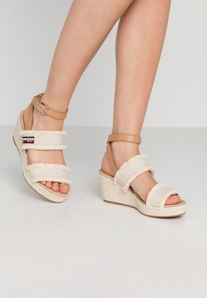 FRINGES MID WEDGE  - Platform sandals - ivory