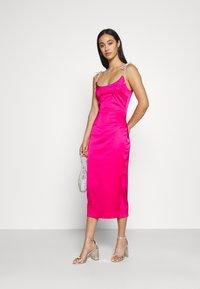 Missguided - DIAMANTEN LOOK TIE STRAP DRESS - Cocktail dress / Party dress - hot pink - 1