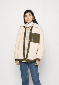 Freequent - FQVIVI - Light jacket - birch/olive - 0