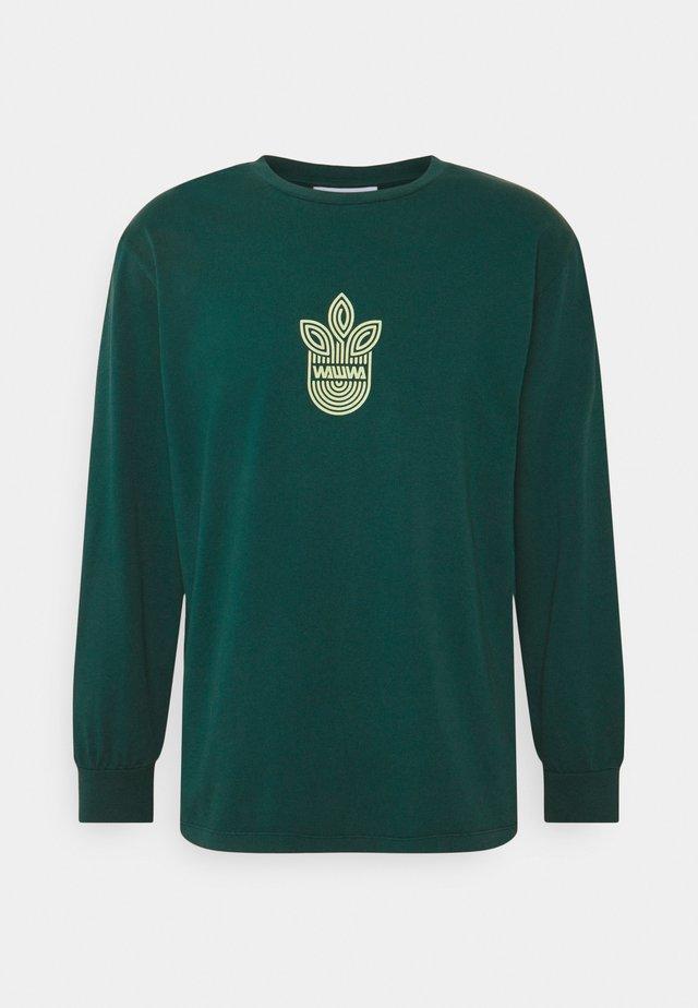 LEAF LOGO LONGSLEEVE UNISEX - T-shirt à manches longues - jungle green