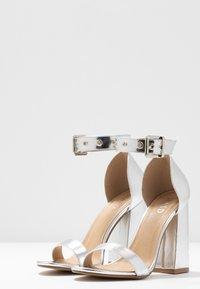 RAID - NARISSA - Sandály na vysokém podpatku - silver - 4