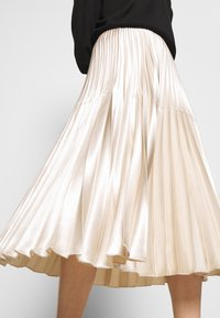 someday. - ONTI SHINE - Plisovaná sukně - ivory - 3