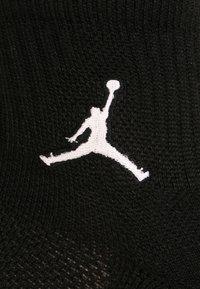 Jordan - JUMPMAN 3 PACK - Sports socks - black - 1