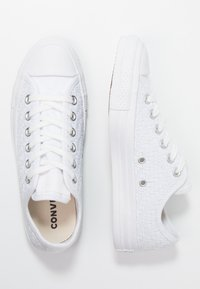 Converse - CHUCK TAYLOR - Joggesko - white/egret - 3