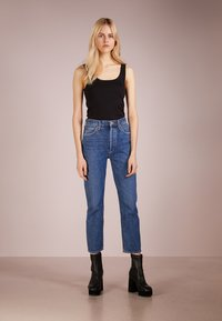 Agolde - RILEY HIGHRISE - Straight leg jeans - air blue - 1