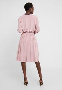 M Missoni - ABITO - Robe en jersey - light pink - 2