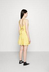 Hollister Co. - BARE SHORT DRESS - Day dress - yellow - 2