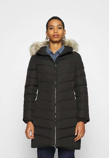 LONG FITTED PUFFER