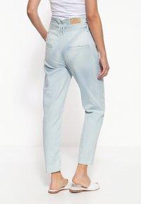 Amor, Trust & Truth - MIT STREIFENMUSTER MOON - Slim fit jeans - hellblau - 1