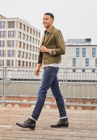 Replay - ANBASS HYPERFLEX RE-USED - Slim fit jeans - dark-blue denim - 1