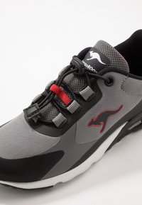 KangaROOS - KX-HYDRO - Trainers - jet black/fiery red - 2