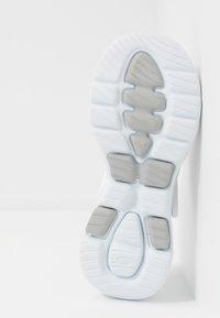 Skechers Performance - GO WALK 5 - Chanclas de baño - white - 4