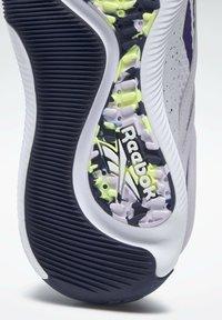 Reebok - HIIT LES MILLS FOUNDATION - Scarpe da fitness - purple - 6