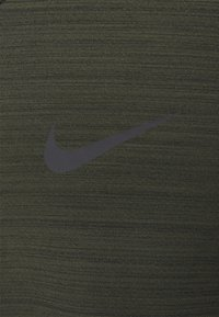Nike Performance - DRY SUPERSET - T-shirt - bas - sequoia/black - 6