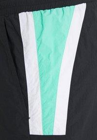 Fila - ACE - Shorts - black/biscay green/bright white - 2