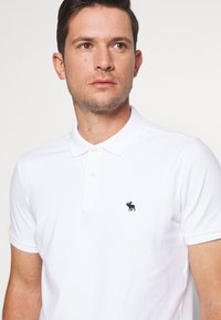 Abercrombie & Fitch - MULTIPACK 3 PACK - Polo - navy/grey/white - 6