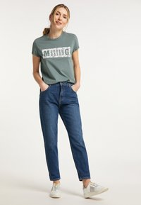 Mustang - MOMS - Jeans Tapered Fit - blau - 1