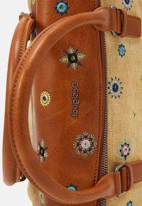 Desigual - BOLS JULY LOVERTY - Handbag - beige - 3