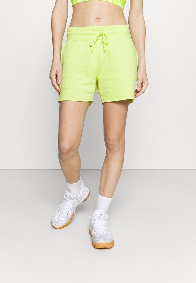 BRANDED WOMENS ESSENTIALS  - Korte broeken - green/ lightgreen