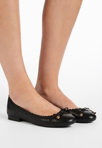 Lauren Ralph Lauren - SUPER SOFT GLENNIE - Ballet pumps - black - 0
