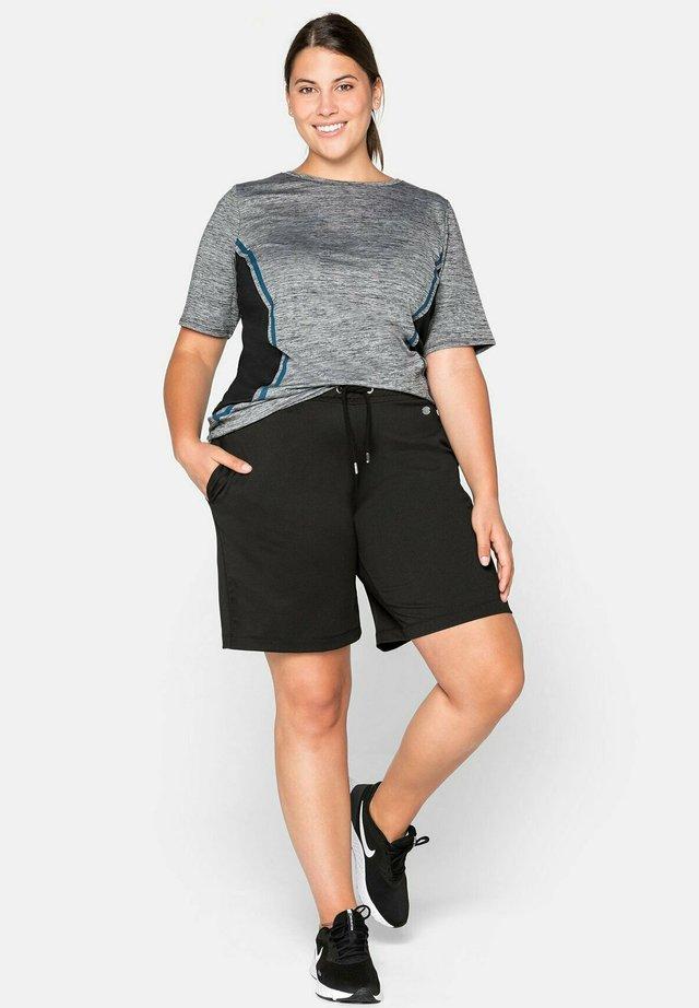 BERMUDAS - Sports shorts - schwarz