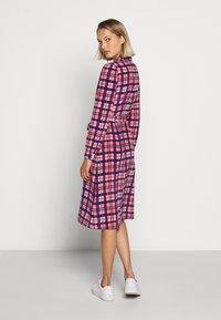 LK Bennett - EVELYN - Košilové šaty - cerulean multi - 2